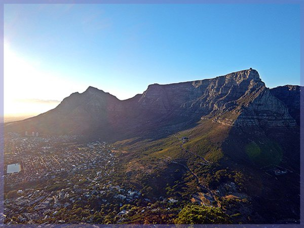 Table Mountain front face and Cape Town city bowl, Cape Trekking