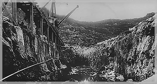 Black and white photo of construction of Woodhead Dam