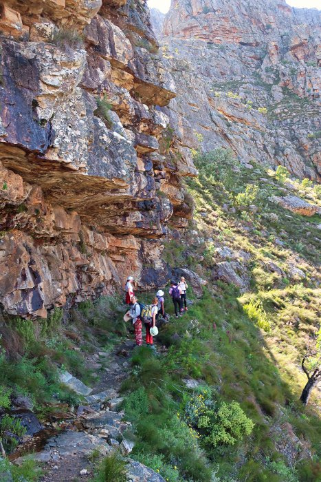 hiking to Sneuberg hut, in the Cederberg