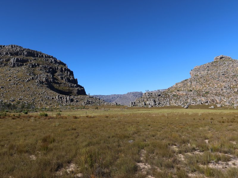 Near Kruger se Land, Cederberg, looking between Middleberg North and Grysbokpunt over Boskloof to the Banglyn